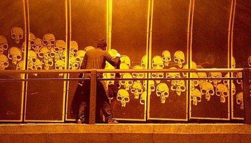 Skulls em São Paulo de Alexandre Orion