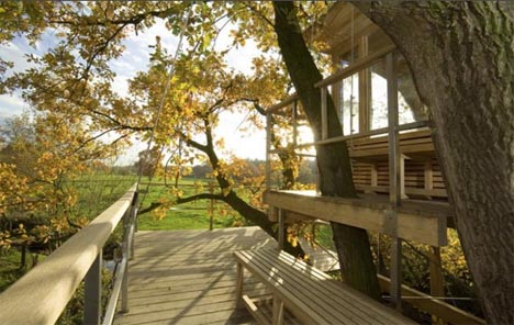 tree-house-exterior-view (1)