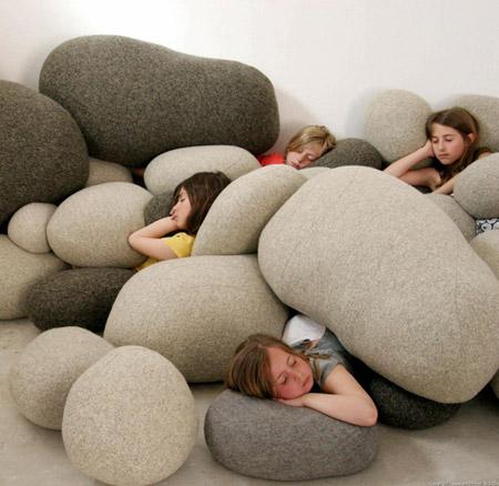 """travesseiros """"pedras"""""""