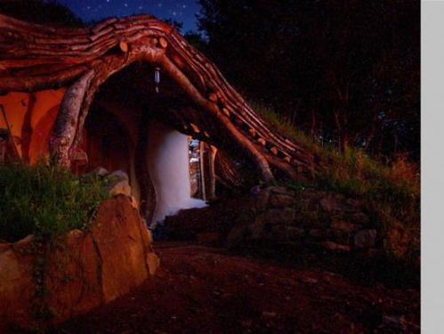 real-hobbit-house7