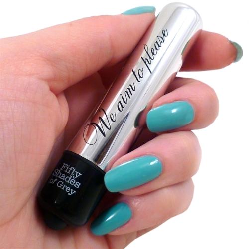 spf030-fifty-shades-vibrating-bullet-hand