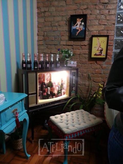 Tv Antiga que virou bar Customizada pelo Ateliando no Tempo (1) copy