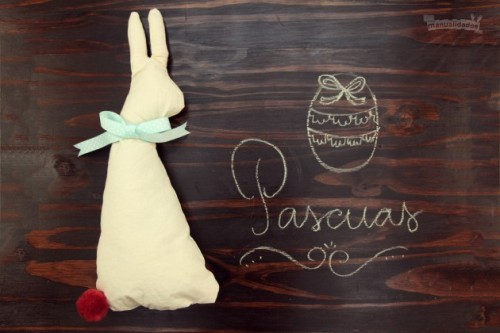 Conejo-de-Pascua-en-tela-Presentación español