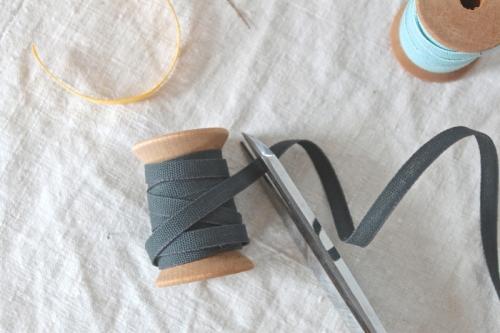 studio-carta-iron-ribbon