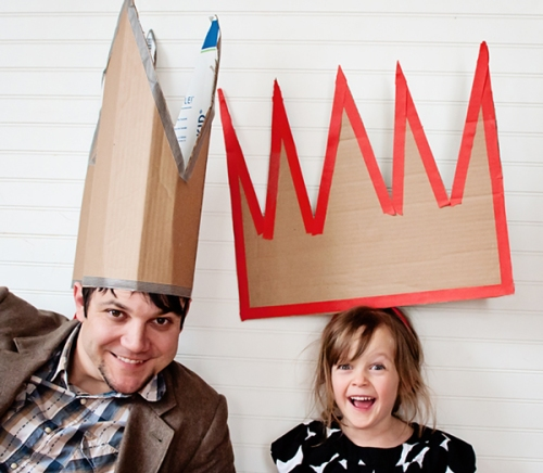 cardboard-party-hats