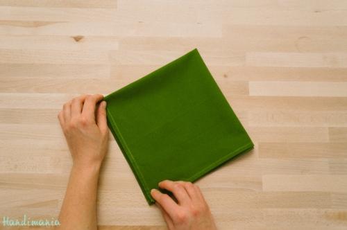 christmas-tree-napkin-fold03