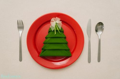 christmas-tree-napkin-fold18