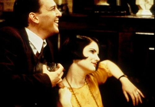1994 Mrs Parker and the vicious circle - La Sra Parker y el circulo vicioso (foto) 03