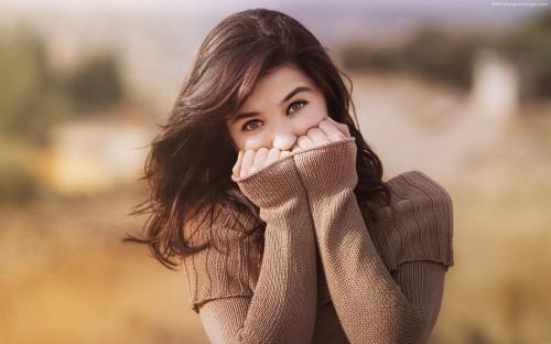 Hidden-Face-Cute-Girl-Images.jpg