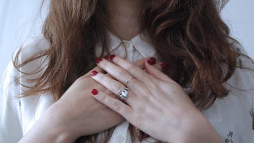fingers-1834818_1920